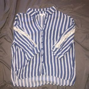 Umgee high low blouse